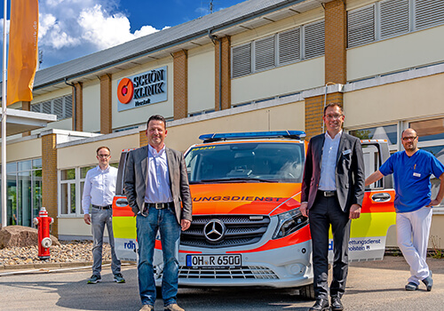 Schön Klinik Timmendorfer Strand stellt Notfallsanitäter für den Sommer bereit